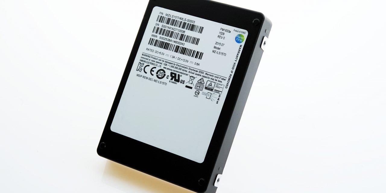 Samsung SSD PM1633a de 15TB