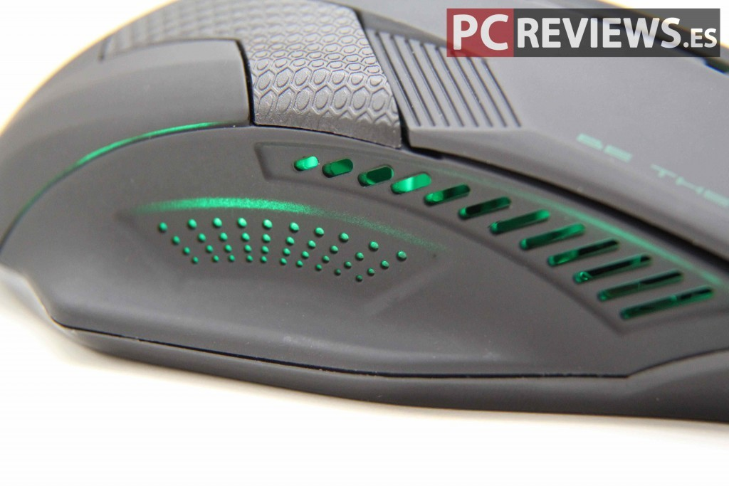 bg-python-review-green-led