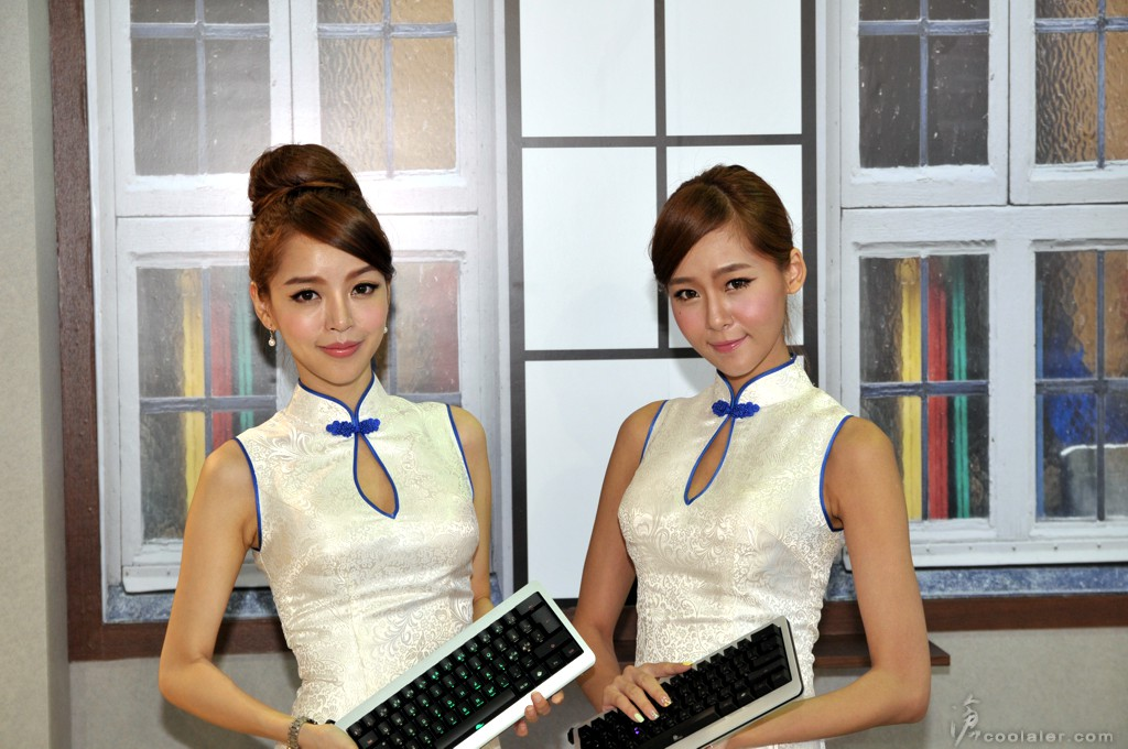 Booth-Babes-Computex-2014-1