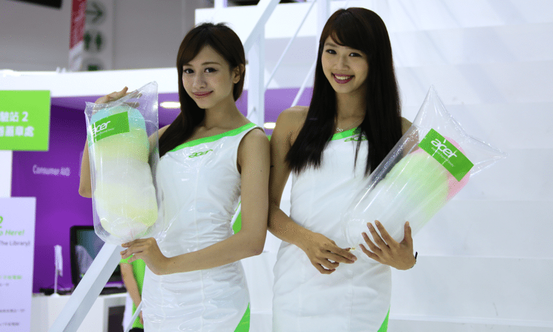 Booth-Babes-Computex-2014-10