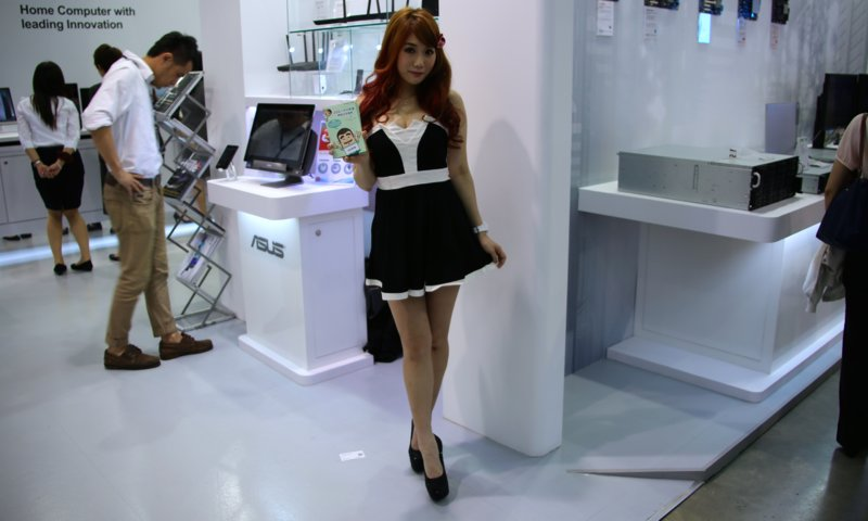Booth-Babes-Computex-2014-151
