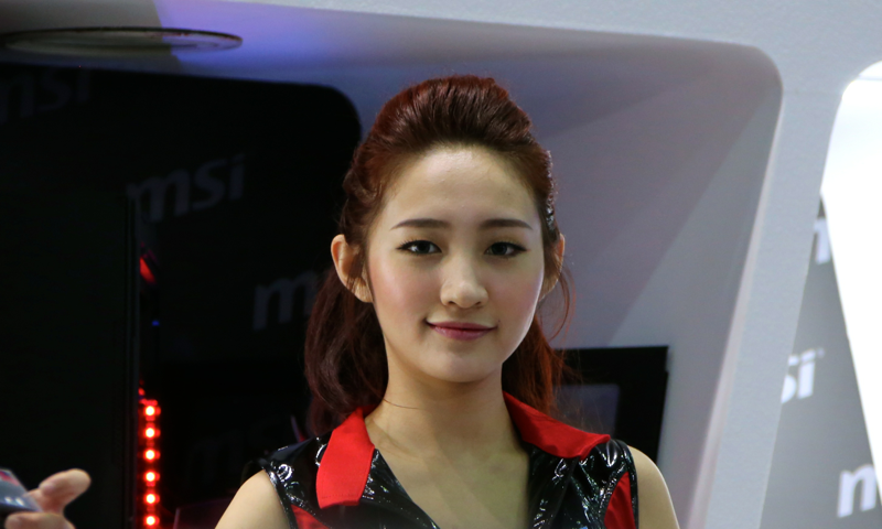 Booth-Babes-Computex-2014-19