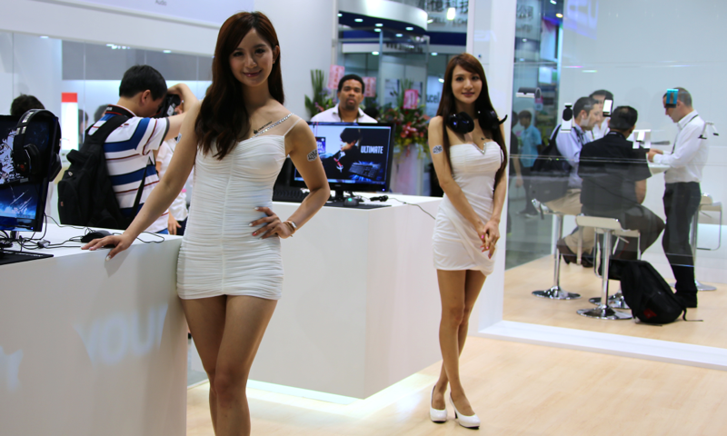 Booth-Babes-Computex-2014-23