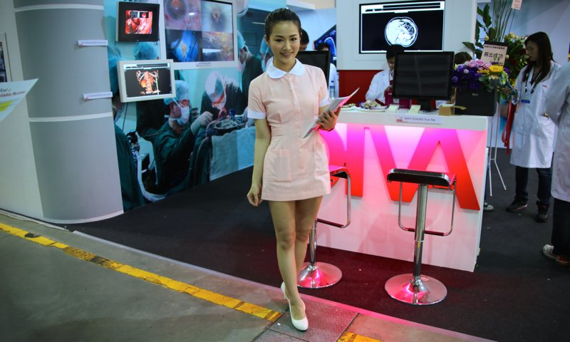 Booth-Babes-Computex-2014-291