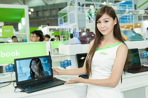 Booth-Babes-Computex-2014-32