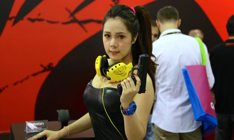 Booth-Babes-Computex-2014-381