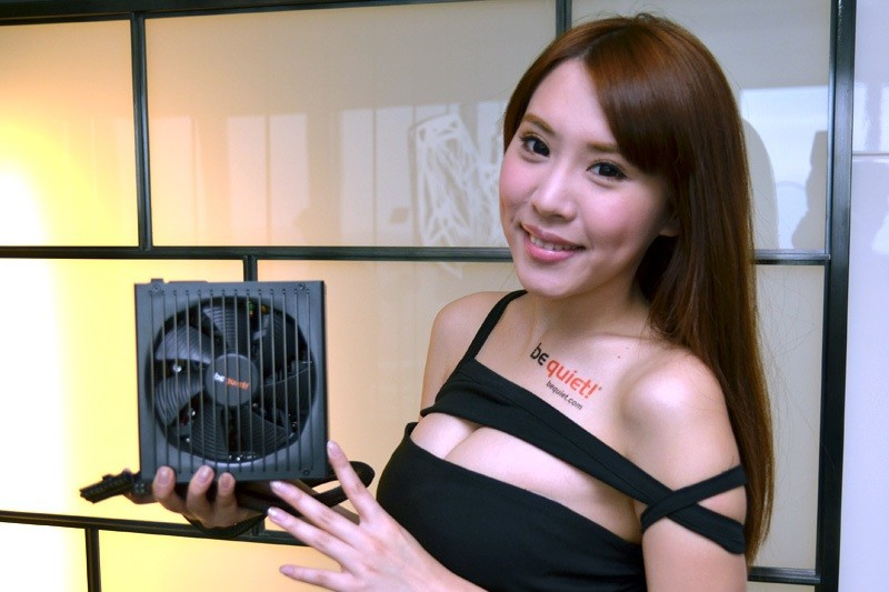 Booth-Babes-Computex-2014-41
