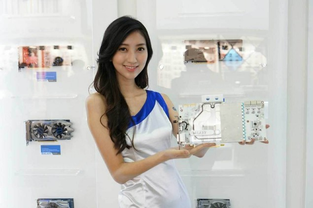 Booth-Babes-Computex-2014-49