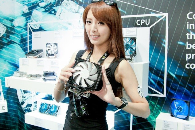 Booth-Babes-Computex-2014-51