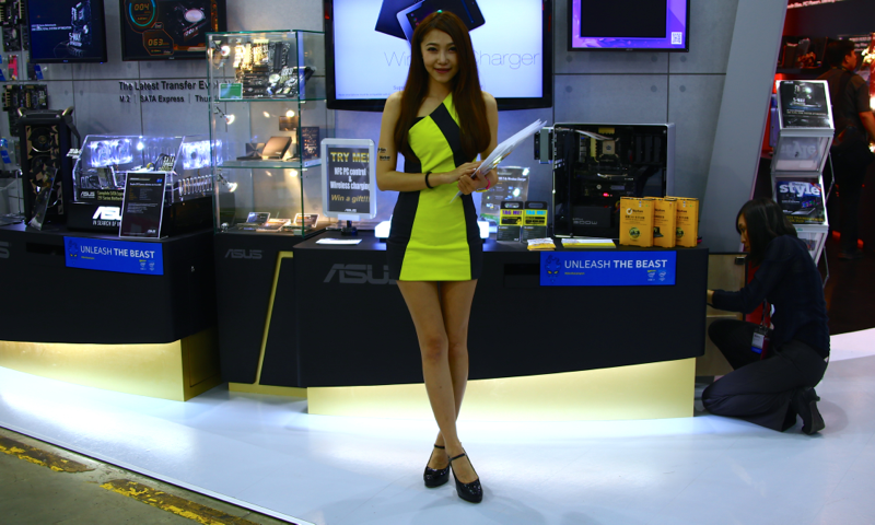 Booth-Babes-Computex-2014-6