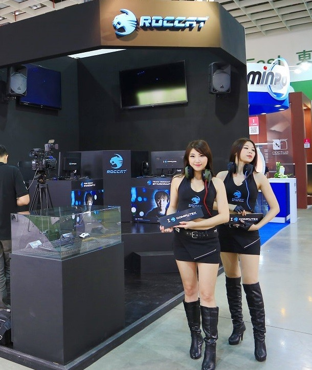 Booth-Babes-Computex-2014-61