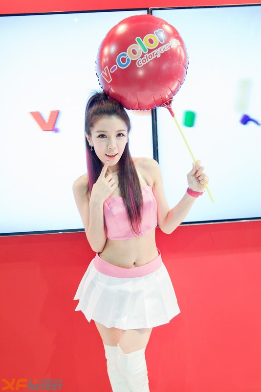 Booth-Babes-Computex-2014-69