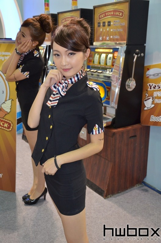 Booth-Babes-Computex-2014-84