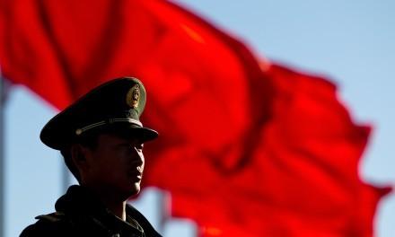 China ataca a Estados Unidos