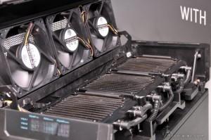 Gigabyte-GTX-780-Ti-3-Way-SLI-WATERFORCE-2