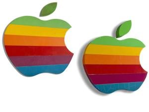 A subasta los logotipos originales de Apple