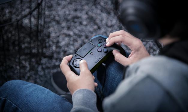 El Razer Raion te proporciona la experiencia de los arcade sticks en la palma de tu mano