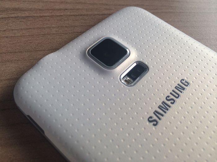 Un fallo en la cámara del Galaxy S5 impide usarla